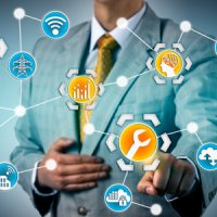 Smart Services - from passive to active (I)IoT applications